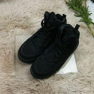 Jordan Flight Youth Black Sneakers SZ 6Y